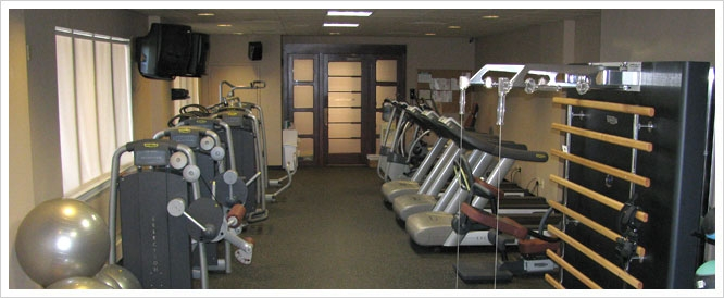 The Country Club Fitness center at Montammy is equipped with state of the art Technogym equipment. Our Country Club Fitness center has a full range of additional equipment. Call 201-768-9000 for details.